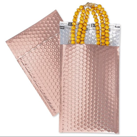 🎀 Deluxe Bubble Mailers